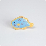 Polka Dotted Tropical Fish Knob-Left Facing